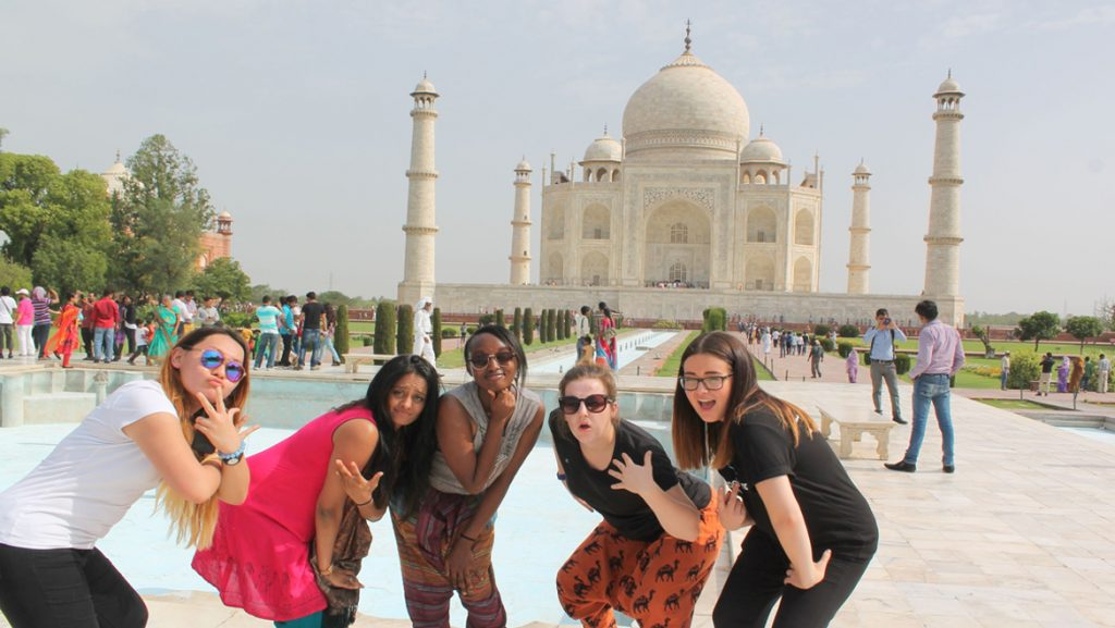 India's Tourism Industry - agra
